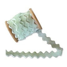 Velvet Ric Rac Ribbon Trim in Iced Mint