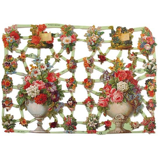 Pretty Flower Bouquets Scraps ~ Germany