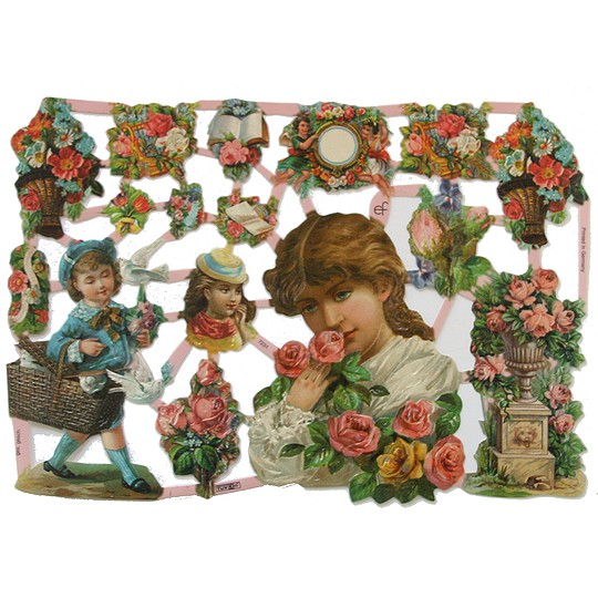 Pretty Victorian Ladies and Flowers Scraps ~ Germany