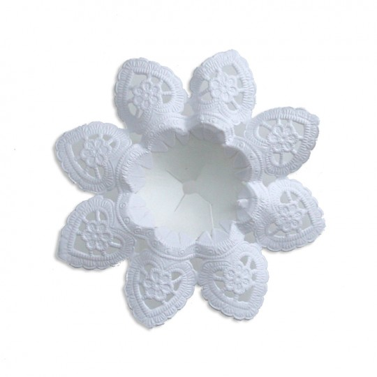 "Petite Paper Lace Flower Bouquet Holders in White ~ Set of 6 ~ 3-1/8"" across"