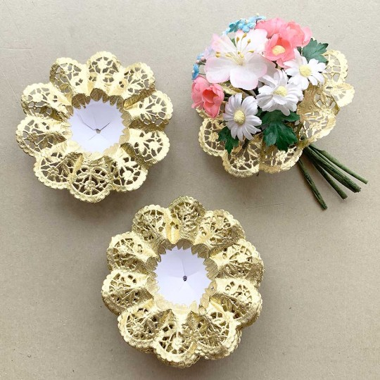"Small Paper Lace Flower Bouquet Holders in Gold ~ Set of 25 ~ 3-3/4"" across"