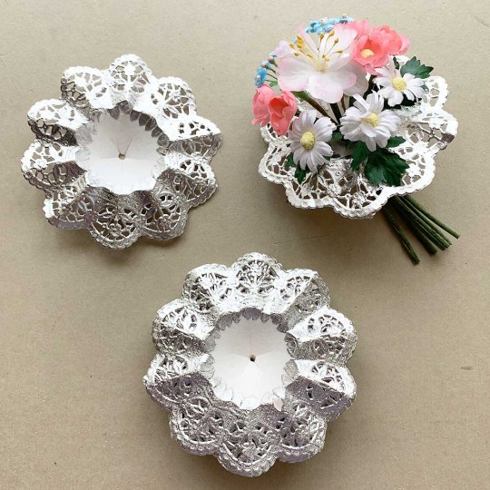 "Small Paper Lace Flower Bouquet Holders in Silver ~ Set of 25 ~ 3-3/4"" across"
