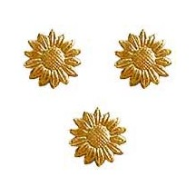 Antique Gold Dresden Foil Daisies ~ 55