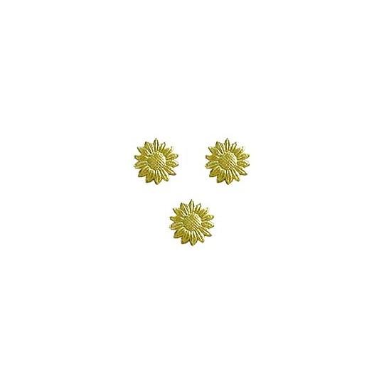 Gold Dresden Foil Daisies ~ 33