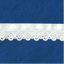 "White Paper Lace Dresden Floral Scalloped Trim ~ 1"" wide"