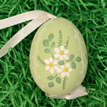 Daisies on Green Eastern European Floral Egg Ornament ~ Handmade in Slovakia