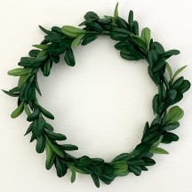 "Mixed Green Large Fabric Boxwood Wreath ~ 4-3/4"" Across"