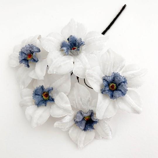 5 Velvet Fabric Narcissus ~ Czech Republic ~ White + Blue
