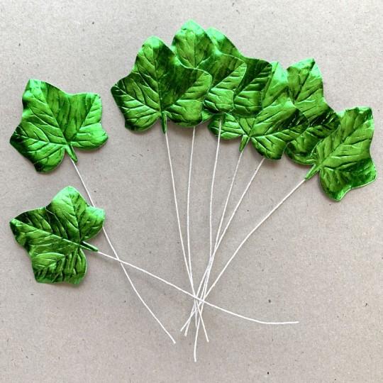 Set of 8 Green Foil Ivy Leaves ~ Czech Repub.