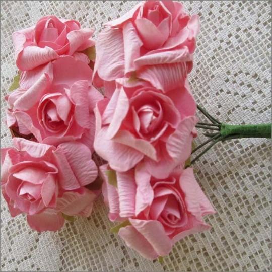 12 Paper Crinkle Roses in Pink