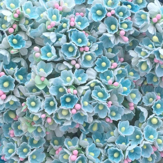 1 Bouquet of Paper Forget Me Nots in Light Blue