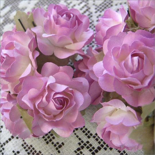 12 Pale Lavender Paper Open Rose Flowers