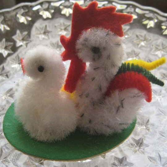 Fuzzy Chenille Chicken Family For Easter ~ Czech Republic