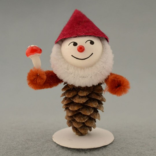 Pine Cone Gnomes Project Kit ~ Czech Republic