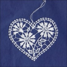 White Lace Daisies Heart Ornament ~ 3""