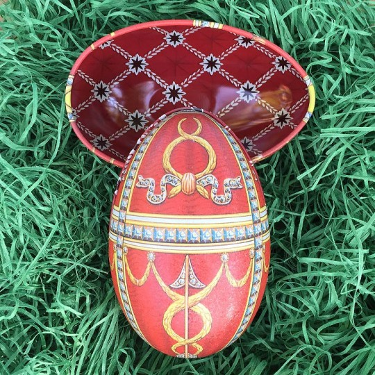 """Red Swags Faberge Egg Metal Easter Tin ~ 4-1/4"""" tall ~ Old Store Stock"""