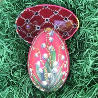 """Lily of the Valley Red Faberge Egg Metal Easter Tin ~ 4-1/4"""" tall ~ Old Store Stock"""