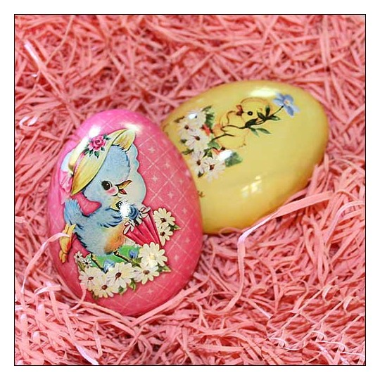 "Pink Easter Chick Metal Easter Egg Tin ~ 2-3/4"" tall"