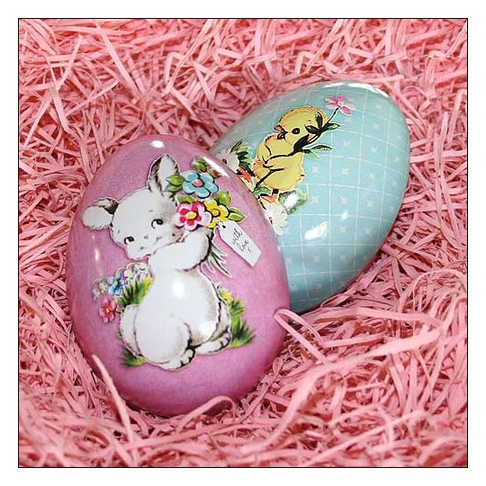 "Lavender Easter Bunny Metal Easter Egg Tin ~ 2-3/4"" tall"