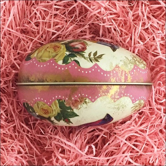 """Birds and Roses Metal Easter Egg Tin ~ 4-1/4"""" tall"""