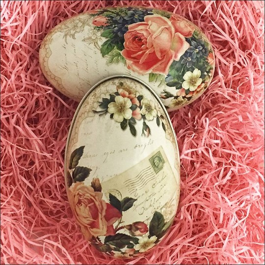 "Roses and Flowers Metal Easter Egg Tin ~ 4-1/4"" tall"
