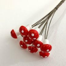10 Handmade Spun Cotton Mushroom Picks for Vintage Crafts