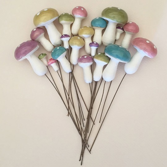 20 Mixed Spun Cotton Mushrooms and Composition Stamen from Czech Repub. ~ Pastel Mix