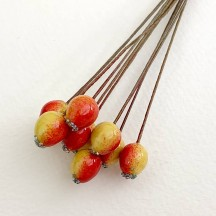 "10 Red and Yellow Lacquered Rose Hips or Berries ~ 1/2"" ~ Czech Republic"