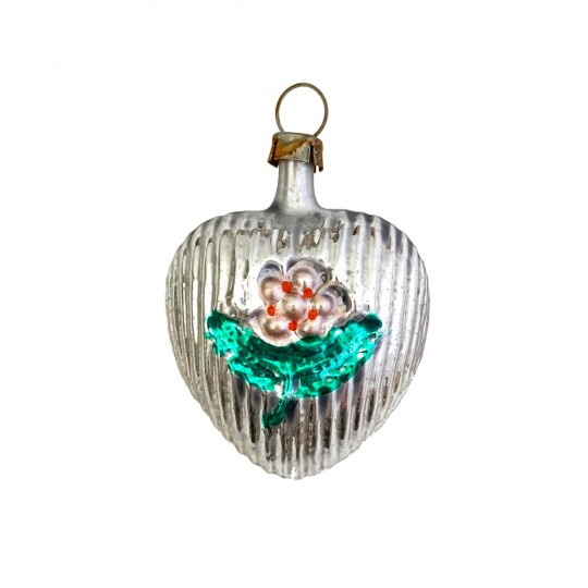 """Small Heart with Flower Blown Glass Ornament ~ Germany ~ 2"""" tall"""