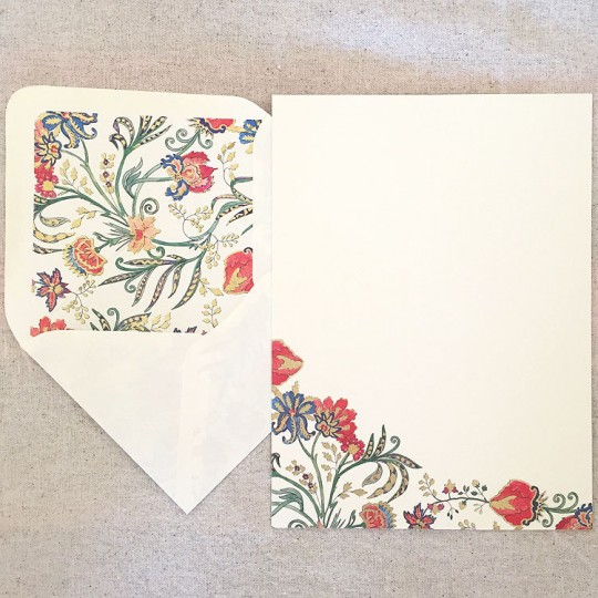 Italian Stationery Letter Writing Set in Portfolio ~ 10 sheets + 10 envelopes ~ Florentine Design with Gold Highlights