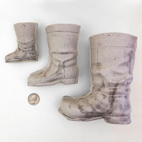"Medium 4-3/8"" Unfinished Papier Mache Santa Boot"