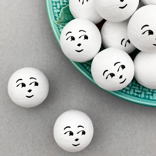 "5 Large Spun Cotton Snowman Heads in White 1-1/4"" (31mm)"
