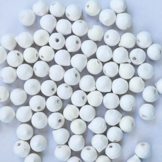 """20 Spun Cotton Round Flower Buds or Rose Hips 3/8"""" ~ Czech Republic"""