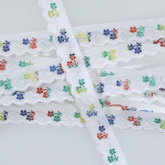 "Scalloped Multi-Color Floral Woven Trim ~ Czech Republic ~ 5/8"" wide"