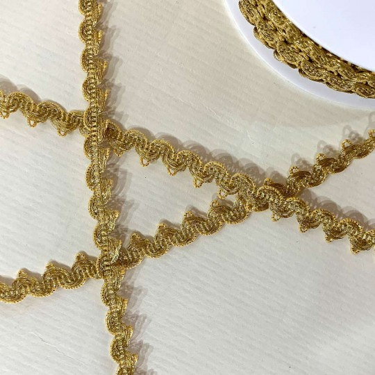 "Fancy Metallic Scalloped Trim in Bright Gold ~ 3/8"" wide ~ Germany"