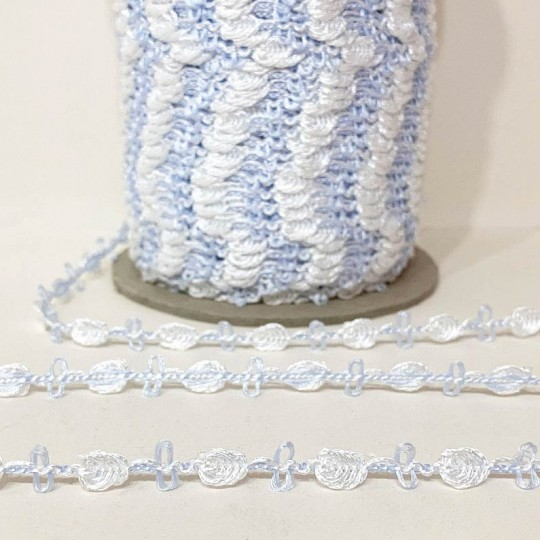 Old Store Stock Rosebud Trim in White & Pale Blue