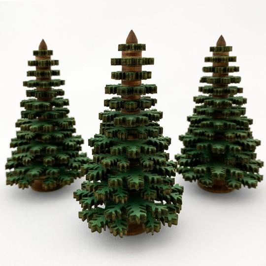 8cm Wooden Tree in Green ~ Schichtenbaumchen  ~ Made in Erzgebirge Germany