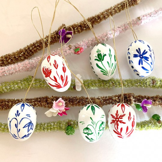 Set of 6 Flowers on White Wooden Easter Egg Ornaments ~ Made in Erzgebirge Germany
